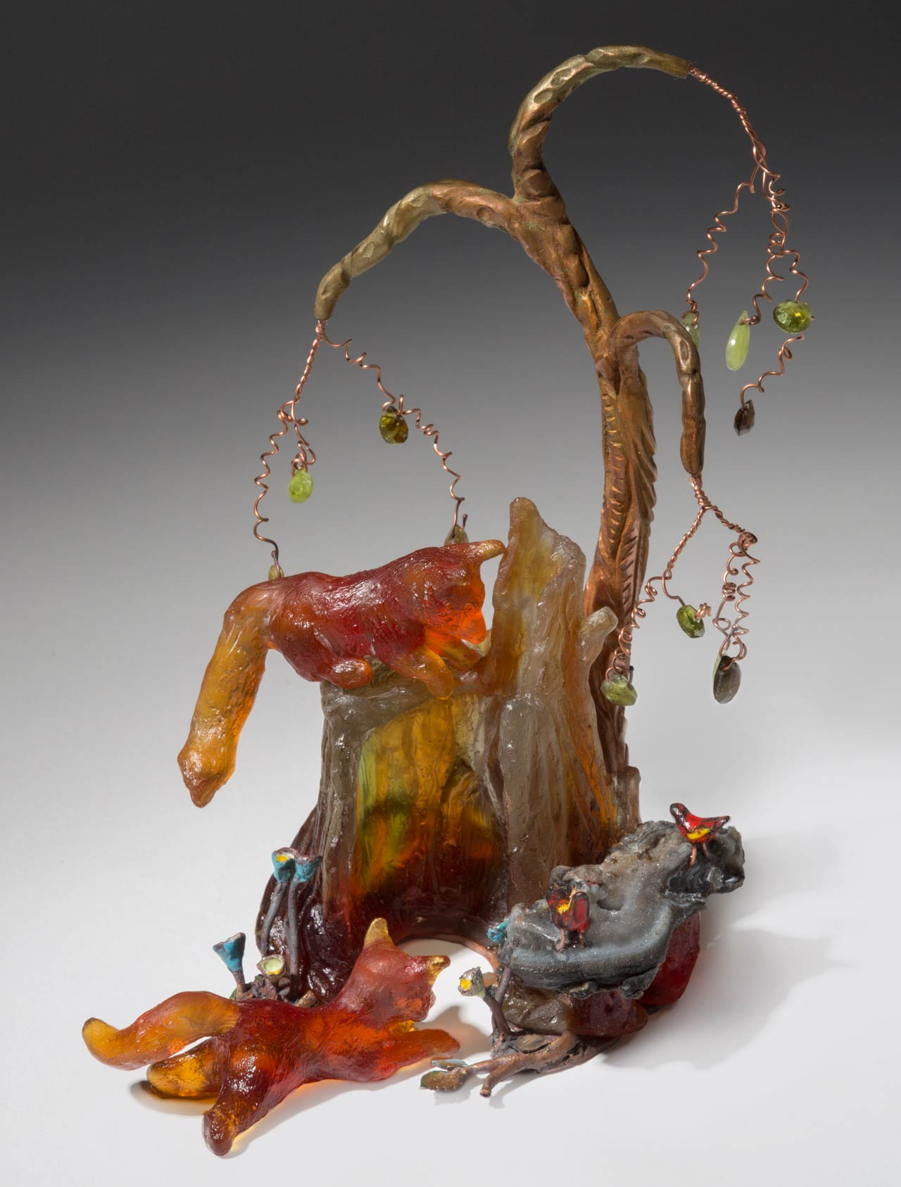 glass sculpture: foxes at play